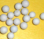 Activated alumina balls for gas drying